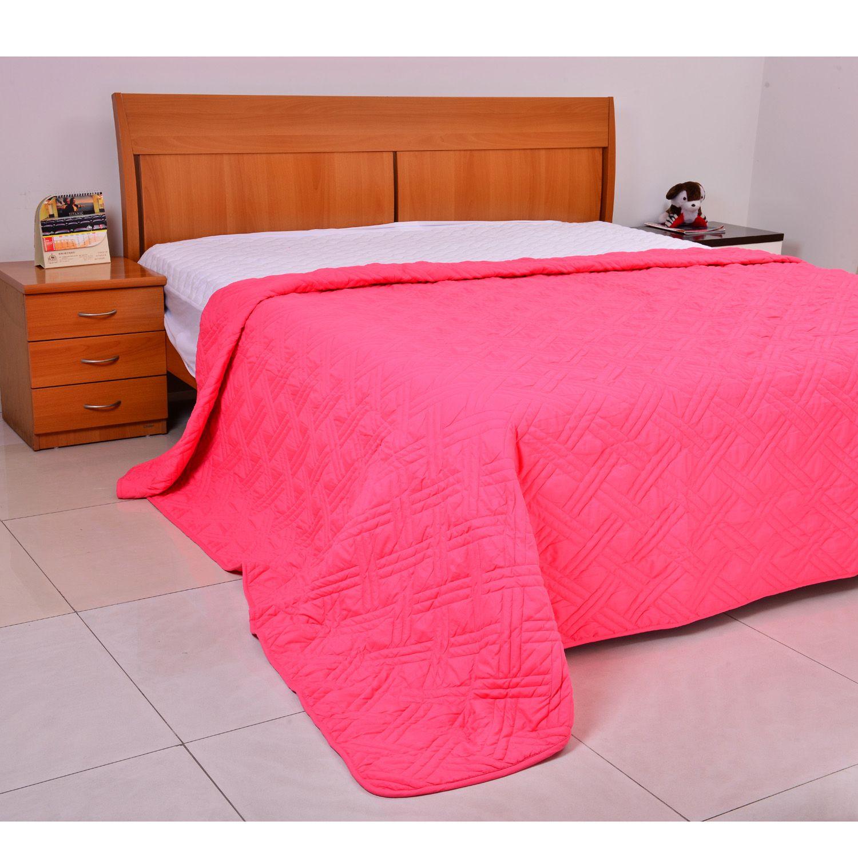 tropical punch microfiber lightweight summer quilt twin bedding bed bath home online. Black Bedroom Furniture Sets. Home Design Ideas