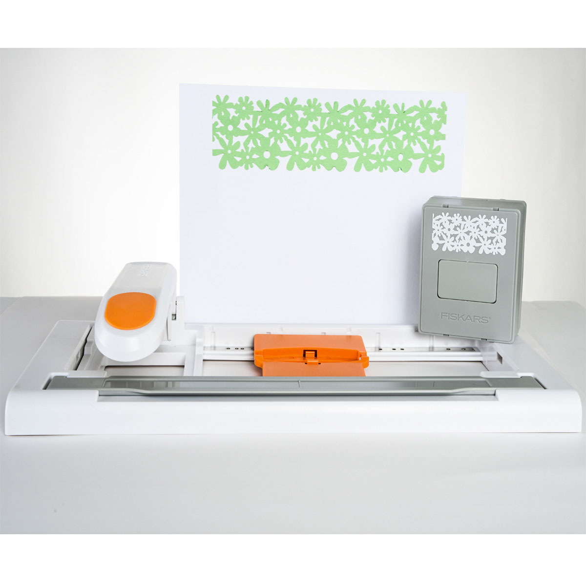 fiskars advantedge punch system create perfect borders. Black Bedroom Furniture Sets. Home Design Ideas