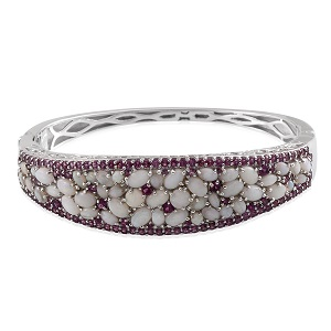 Australian White Opal, Orissa Rhodolite Garnet Platinum Over Sterling Silver Bangle (7.5 in) TGW 15.32 Cts.