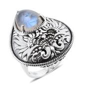 Tribal Collection of India Sri Lankan Rainbow Moonstone Sterling Silver Ring (Size 7.0) TGW 11.500 cts.