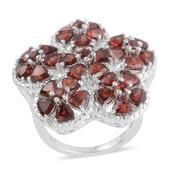 Mozambique Garnet Platinum Over Sterling Silver Ring (Size 7.0) TGW 8.10 cts.