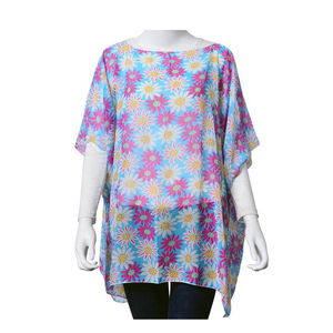 Blue with White and Pink Daisy Pattern 100% Polyester Poncho (One Size)