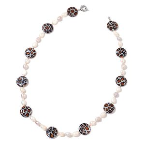 Cheetah Print Gray Shell, Freshwater White and Silver Pearl Silvertone Necklace (22 in)