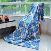 Blue Square Pattern Microfiber Flannel Blanket (59.05x78.74 in)