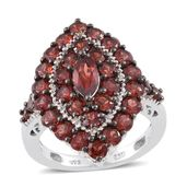 Mozambique Garnet Platinum Over Sterling Silver Elongated Ring (Size 10.0) TGW 5.74 cts.