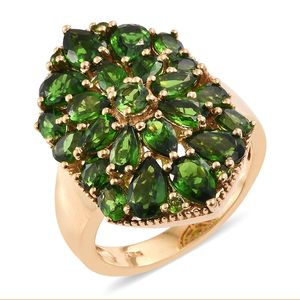Russian Diopside 14K YG Over Sterling Silver Cluster Ring (Size 8.0) TGW 6.02 cts.