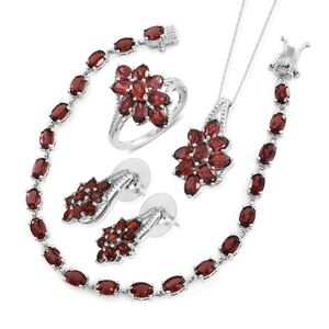 Mozambique Garnet Platinum Over Sterling Silver Split Floral Bracelet (7.50 in), Earrings, Ring (Size 6) and Pendant With Chain (18.00 In) TGW 26.10 cts.