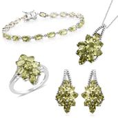 Hebei Peridot Platinum Over Sterling Silver Split Floral Bracelet (7.50 in), Earrings, Ring (Size 9) and Pendant With Chain (18.00 In) TGW 23.10 cts.