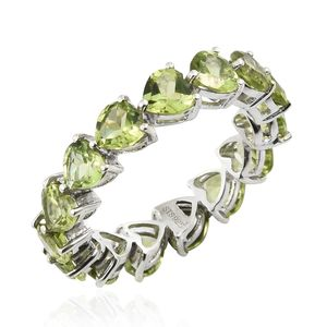 Hebei Peridot Platinum Over Sterling Silver Eternity Heart Band Ring (Size 6.0) TGW 5.85 cts.
