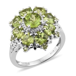 Hebei Peridot Platinum Over Sterling Silver Flower Ring (Size 5.0) TGW 5.42 cts.