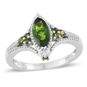 Russian Diopside Platinum Over Sterling Silver Ring (Size 8.0) TGW 1.36 cts.