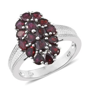 Anthill Garnet Platinum Over Sterling Silver Ring (Size 8.0) TGW 3.20 cts.