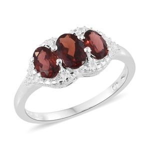 Mozambique Garnet Sterling Silver Trilogy Ring (Size 7.0) TGW 2.02 cts.
