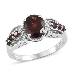 Mozambique Garnet Platinum Over Sterling Silver Ring (Size 6.0) TGW 3.80 cts.