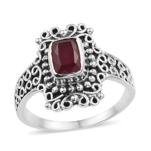 Artisan Crafted Niassa Ruby Sterling Silver Ring (Size 8.0) TGW 2.48 cts.